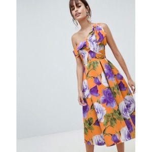 ASOS flora scuba midi dress. Size 4